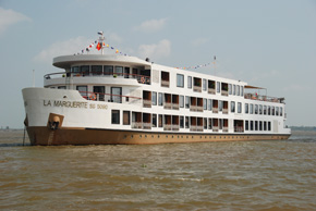 luxury cruise ship on the Mekong river vietnam